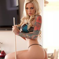beautiful tatto blonde